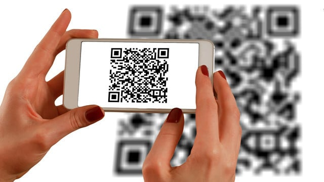 Scan, Save and Share with Handy QR Code and Barcode Scanners