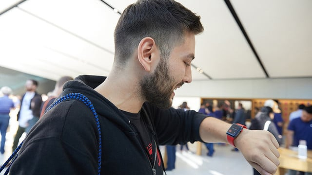 EE to Apple Watch Series 3 LTE Purchasers: It's Not You, It's Us